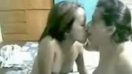 Mature Pinay Mother Daughter Play on Webcam 8-1...